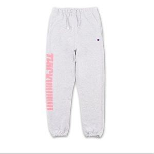 ✨New! Kylie Shop sweatpants